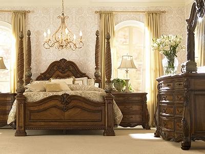 Villa Clare Dresser with Mirror | Havertys
