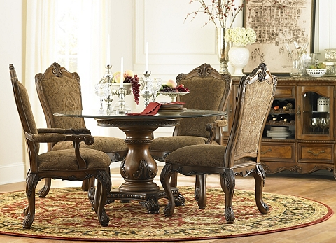 Villa Clare Upholstered Dining Chair | Havertys