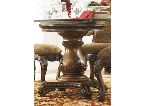 Villa Clare Round Dining Table Havertys