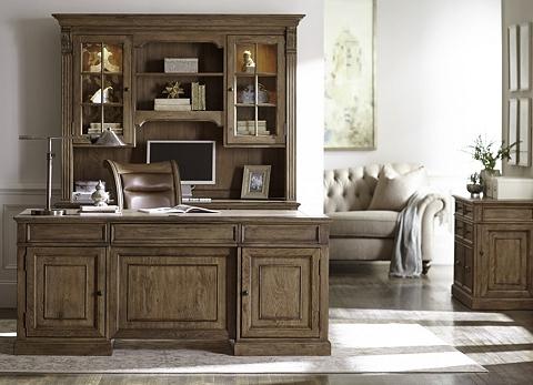 Avondale Desk With Hutch