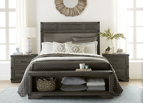 Vickery Creek Upholstered Bed | Havertys