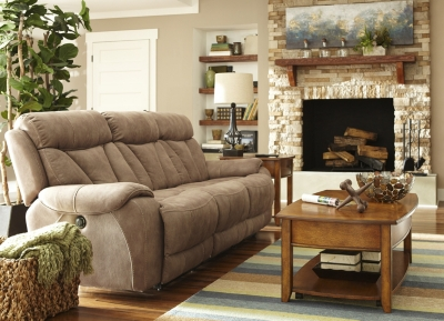 Elegant Alternate Braxton Sofa Image