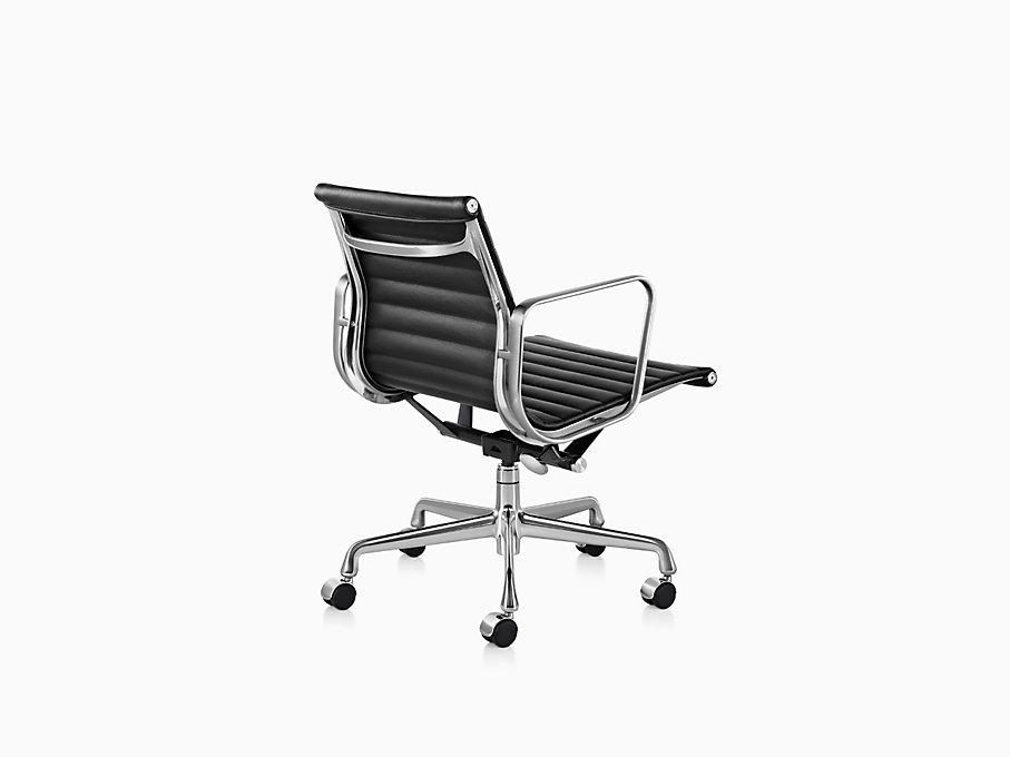eames aluminum group management chair herman miller. Black Bedroom Furniture Sets. Home Design Ideas