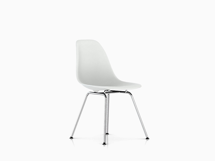 Eames Molded Plastic Side Chair