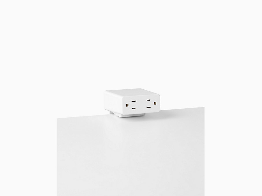 Logic Mini Power Outlet