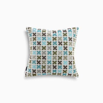 Quatrefoil Pillow