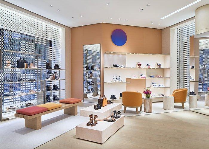 Holt Renfrew Image of Louis Vuitton. Ogilvy.