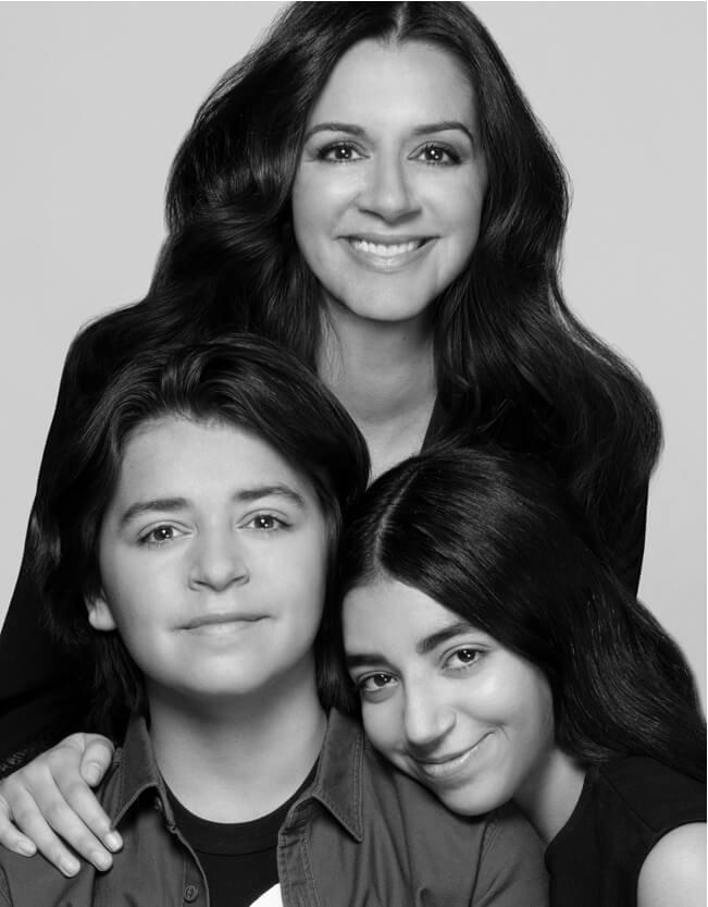 Holt Renfrew image d'un Rochelle Ezekiel, VPP, Expérience client, sa fille et son garçon