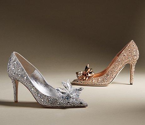 Holt Renfrew image d'un Chaussures. MAGASINER MAINTENANT