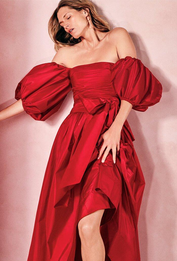 Holt Renfrew image d'un Valentino. Magasiner Maintenant.