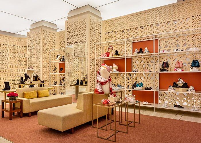 Holt Renfrew Image of Louis Vuitton Montreal.