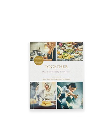 Holt Renfrew image d'un RANDOM HOUSE. Livre Together: Our Community Cookbook. 22,99 $. MAGASINER MAINTENANT