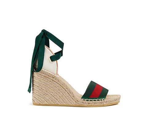 Holt Renfrew Image de GUCCI Espadrilles-sandales à plateforme Lilibeth. 705 $.