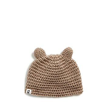 Holt Renfrew image d'un KROCHET KIDS. Bonnet crocheté main Ourson. 30 $. MAGASINER KROCHET KIDS