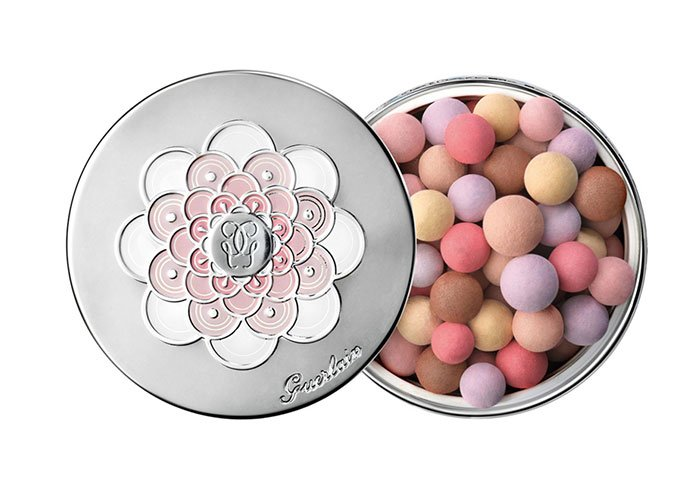 Holt Renfrew image of GUERLAIN Météorites Pearls Powder. $77. SHOP NOW<.