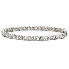 DiamonArt® 9.23 CT. T.W. Cubic Zirconia Tennis Bracelet