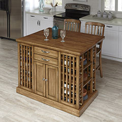 Woodsville Kitchen Island and Barstools