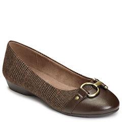 A2 by Aerosoles Ultrabrite Womens Slip-On Shoes