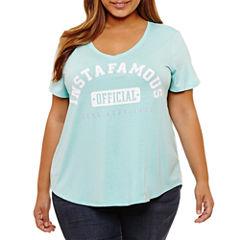 Boutique + Short Sleeve V Neck Graphic T-Shirt-Womens Plus