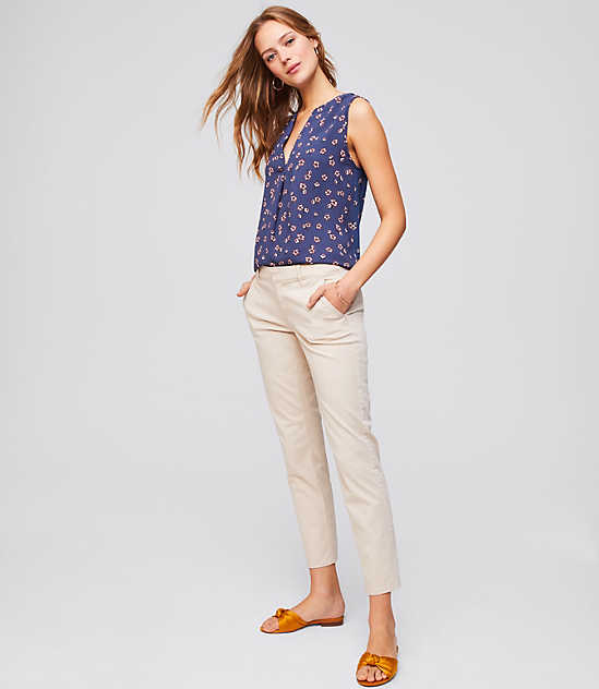 PETITE JEANS, PETITE PANTS, SKINNY JEANS, BOYFRIEND JEANS, AND BOOTCUT JEANS. Whether you prefer petite skinny jeans, comfortable cropped linen pants or on-trend leggings, you can complete your outfits with designer options from favorite brands.