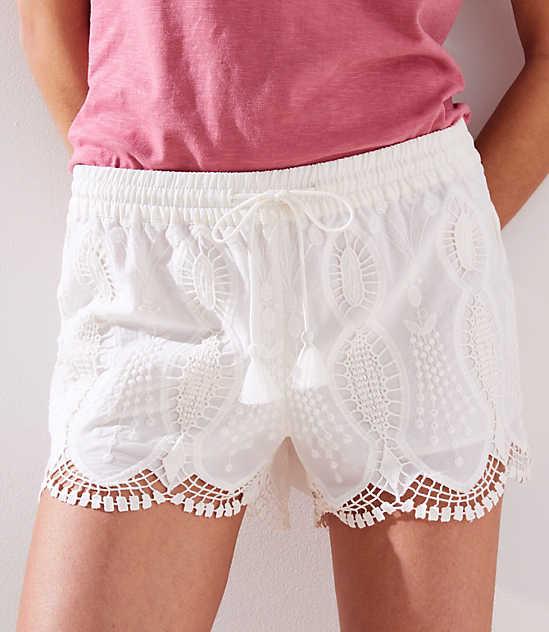 Scalloped Lace Tassel Drawstring Shorts