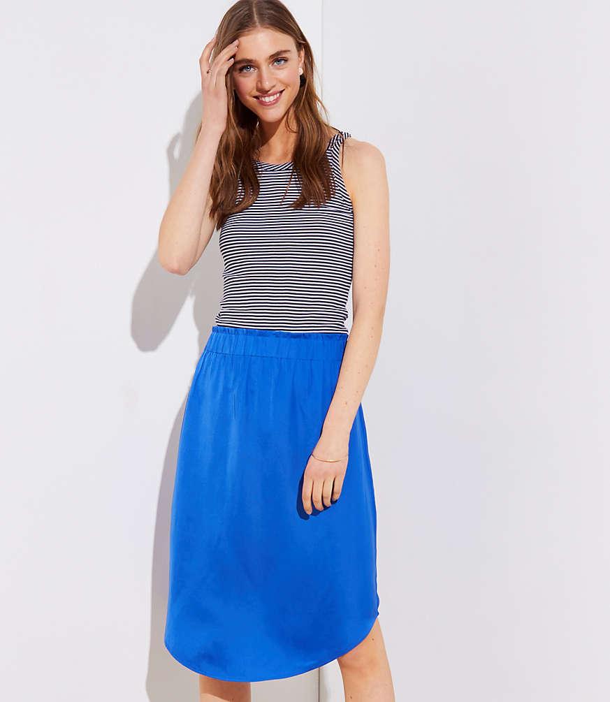 Petite Fluid Pull On Skirt