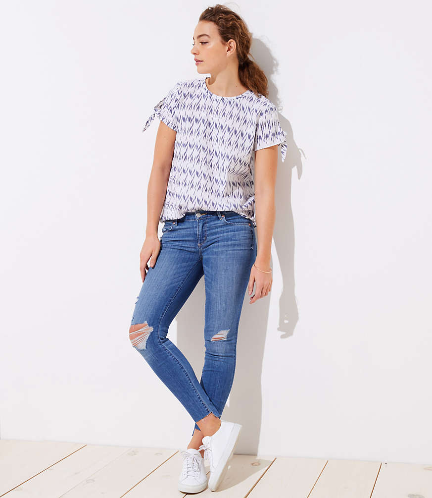 Petite Modern Step Hem Skinny Jeans in Light Vintage Wash