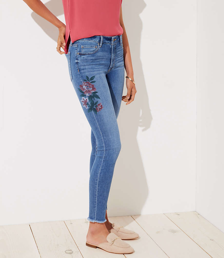 Petite Curvy Painted Floral Frayed Skinny Jeans in Indigo Wash