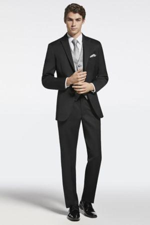 94bb97e370e2 Grad Tuxedo's & Suits for Rent | Moores Clothing