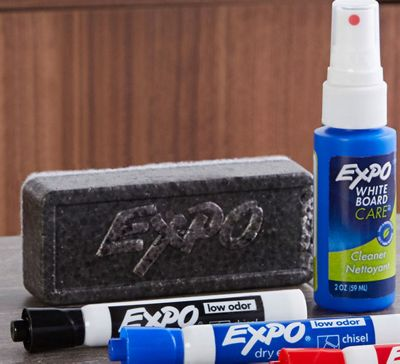 expo-markers-eraser-spray-on-table.jpg