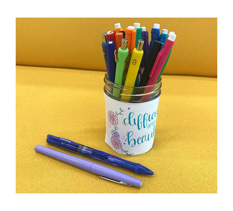 handcrafted-pencil-holder-with-assorted-papermate-products_bp3p.jpg