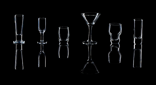 Group picture of Cordial Glassware