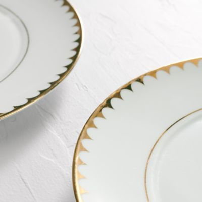 Detail image of Scallop Rim Collection