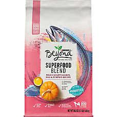 Purina® Beyond Superfood Blend Dog Food