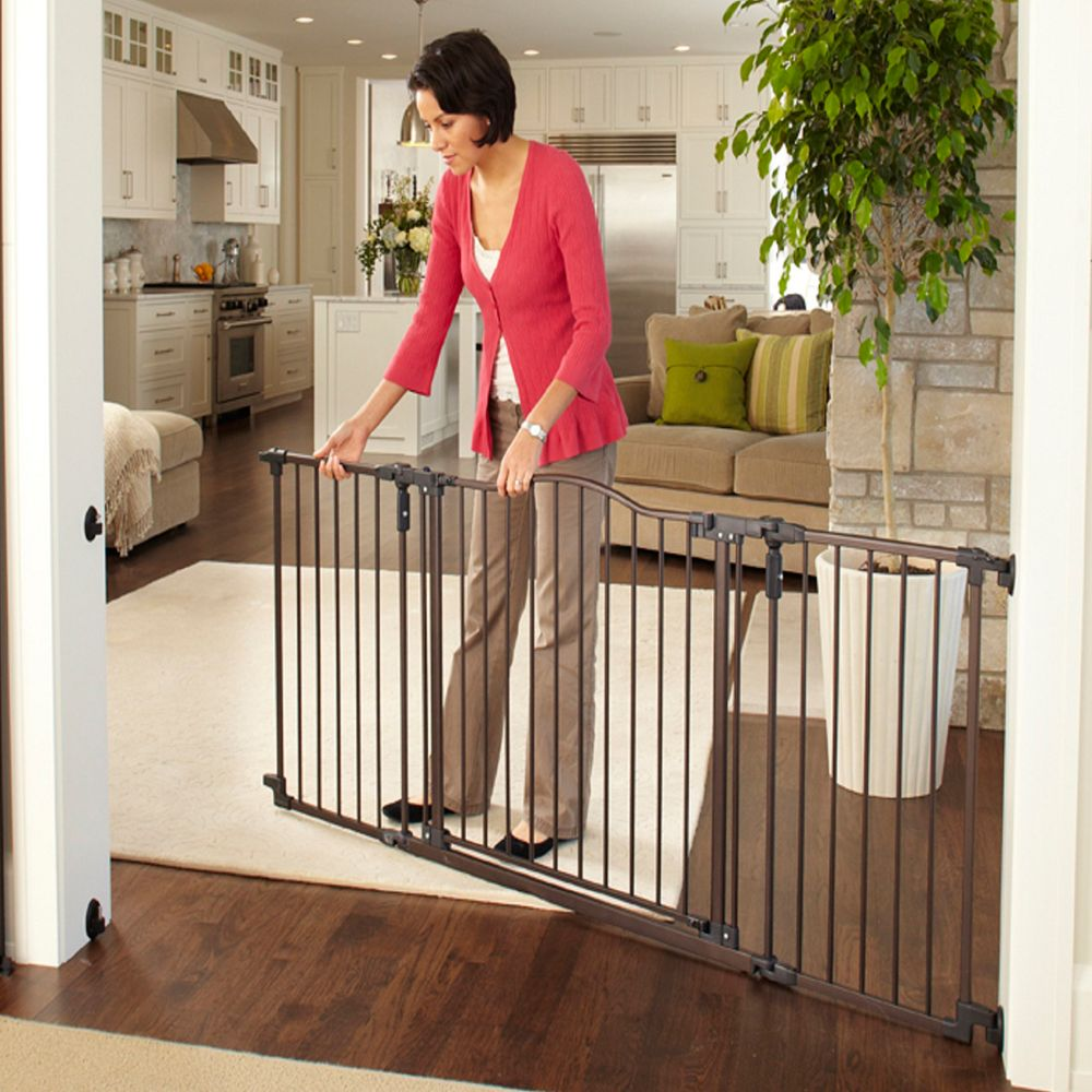 North States Trade Windsor Extra Wide Arch Pet Gate Dog Dog
