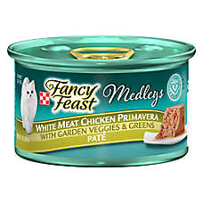 Fancy Feast® Medleys Adult Cat Food - White Meat Chicken Primavera