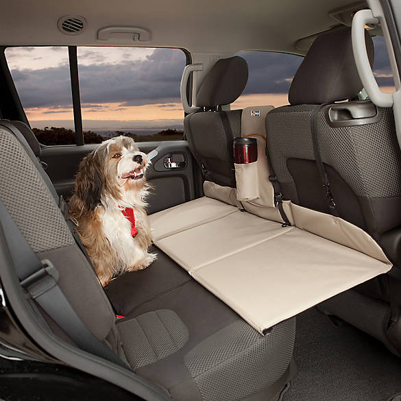 kurgo   backseat bridge   backseat extender dog car seat covers  pet couch covers   petsmart  rh   petsmart