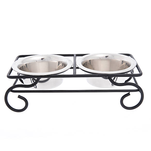 Top paw steel scroll dog stand with bowls dog food for Fish bowl petsmart