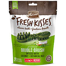 Merrick® Fresh Kisses™ Double-Brush Medium Dental Dog Treat - Coconut + Botanical Oils