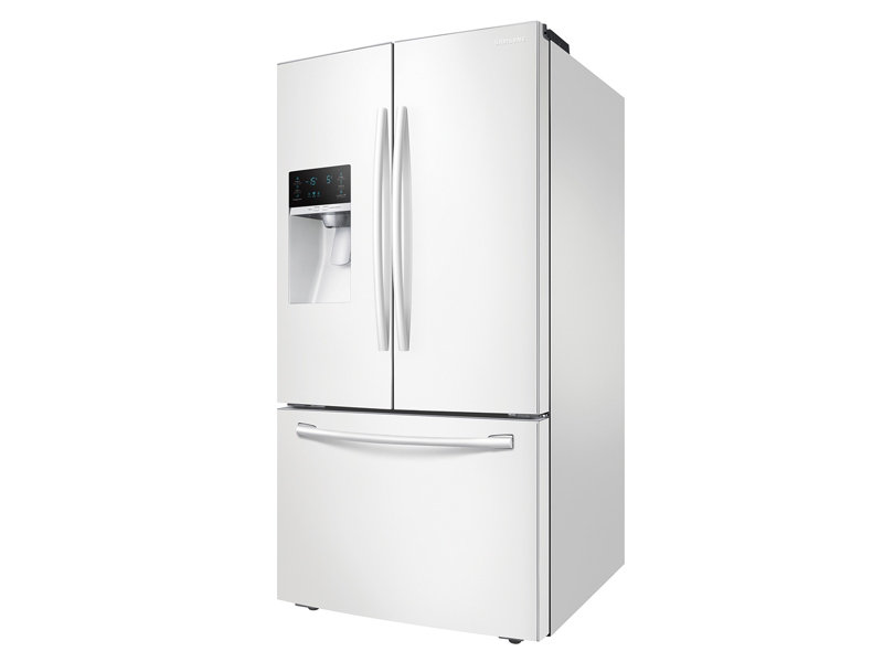 French Door Refrigerator With CoolSelect Pantry™