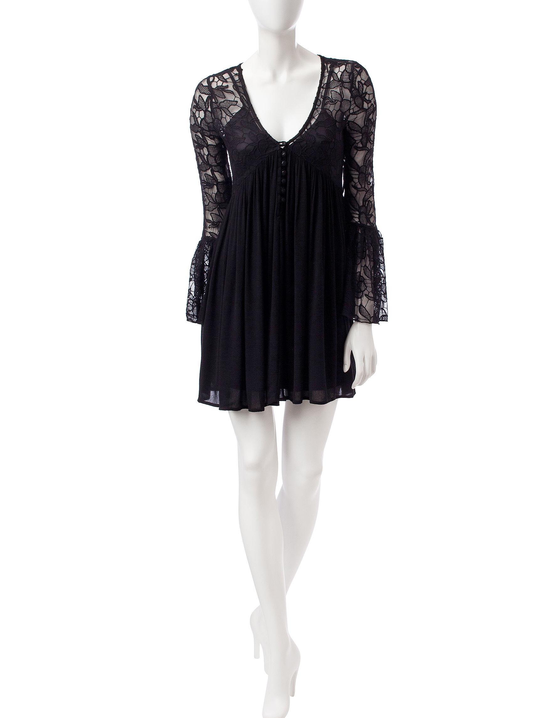 Romeo + Juliet Couture Black Cocktail & Party Fit & Flare Dresses