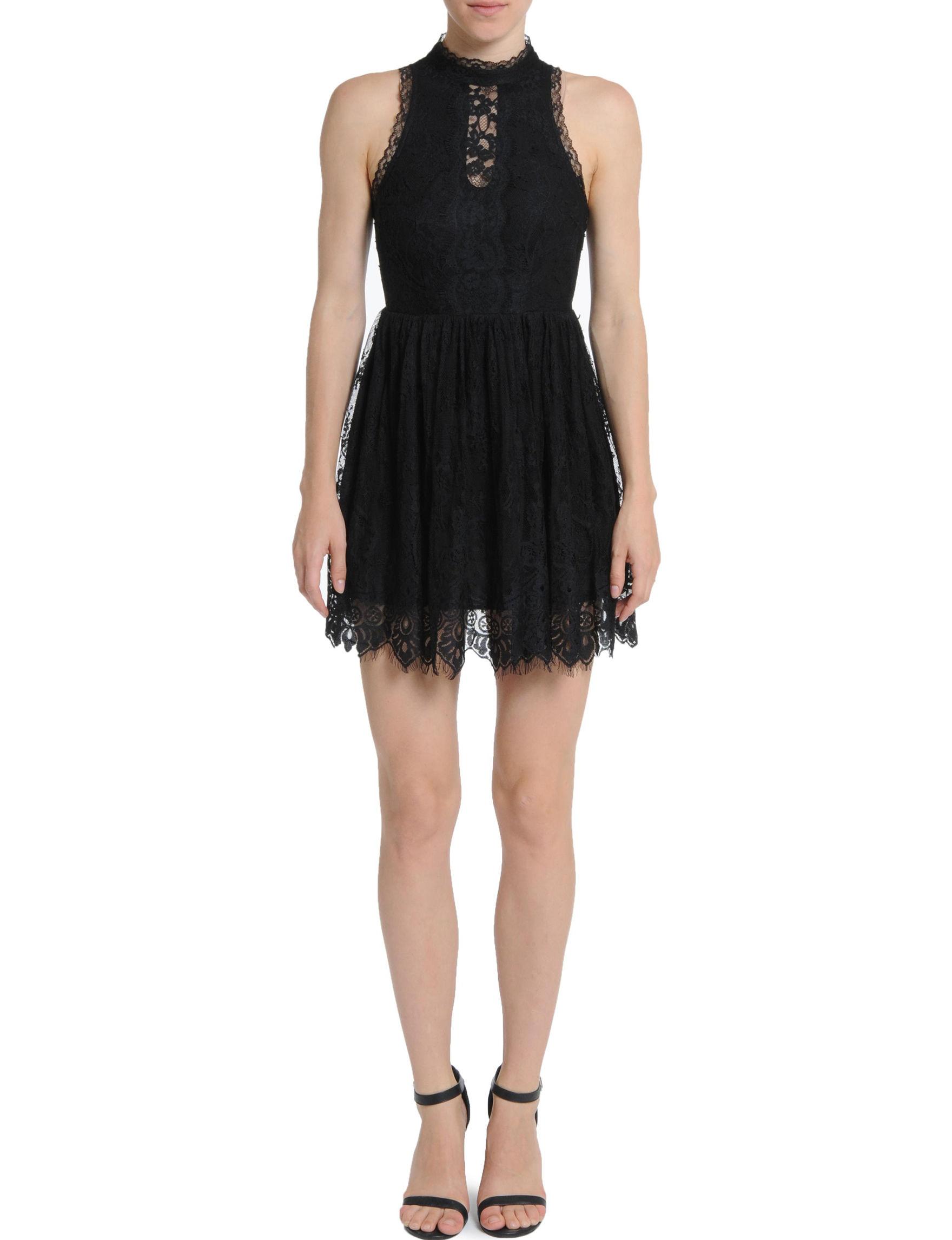 Romeo + Juliet Couture Black Fit & Flare Dresses
