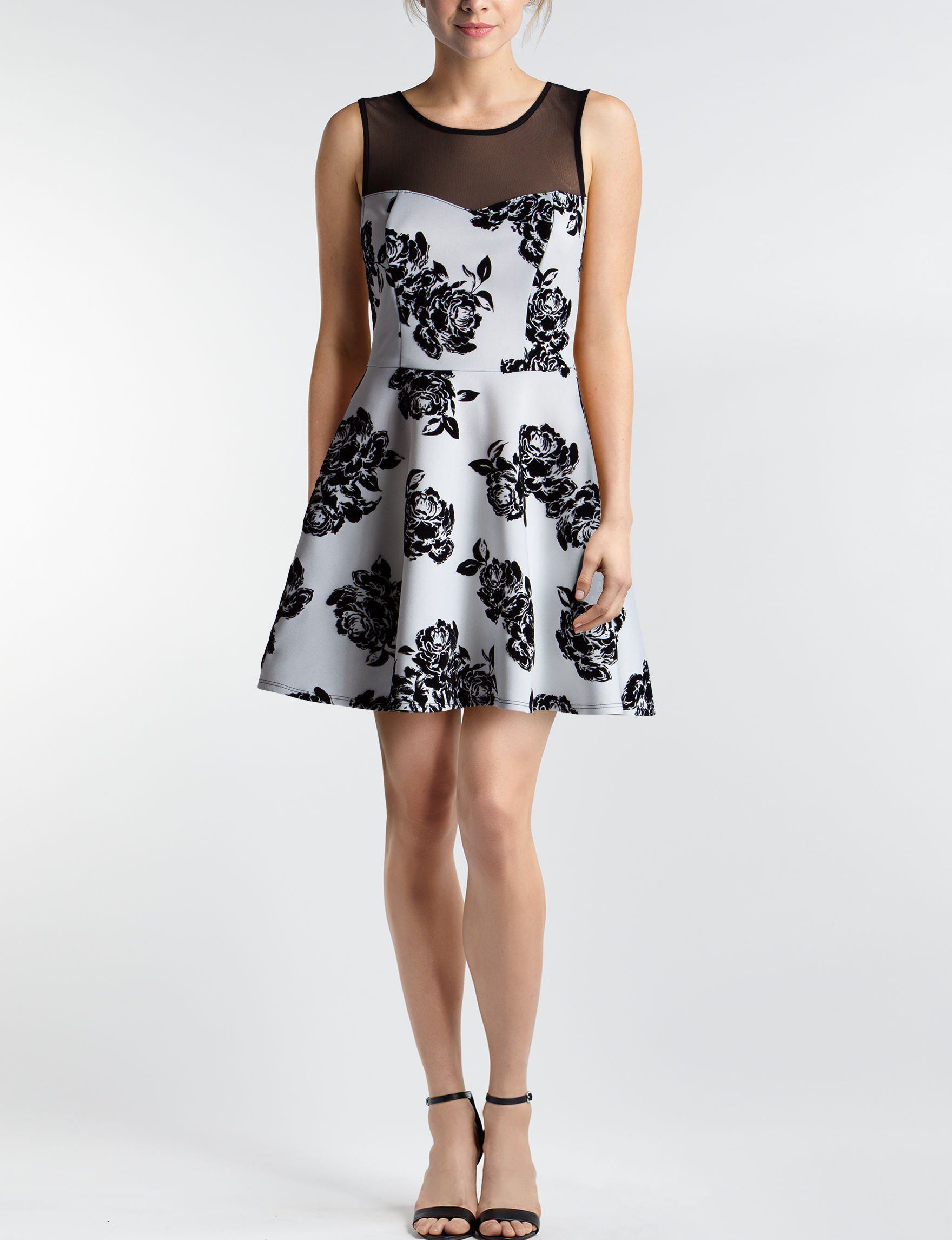Trixxi Ivory Floral Cocktail & Party Evening & Formal Fit & Flare Dresses