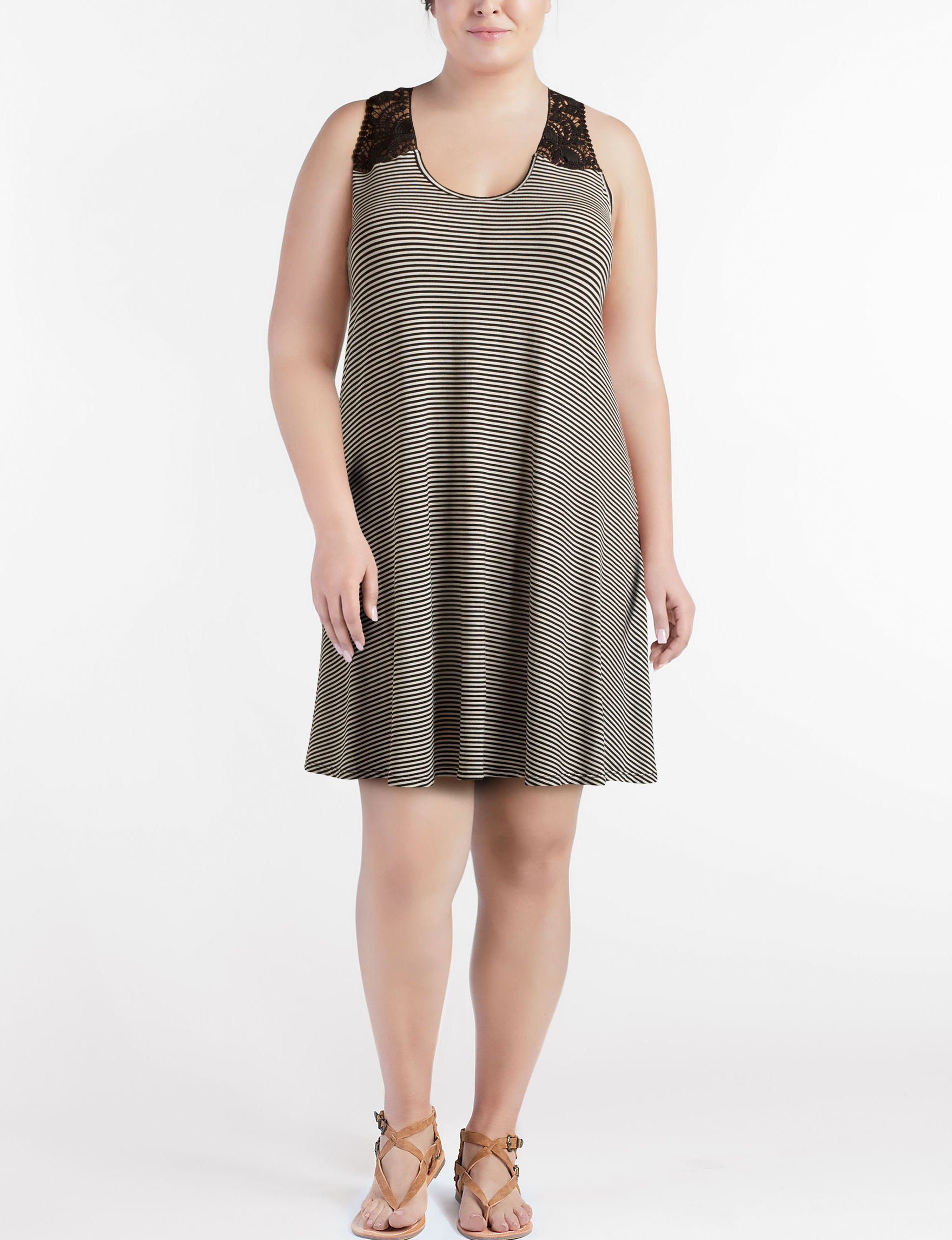 Wishful Park Black / White Everyday & Casual A-line Dresses