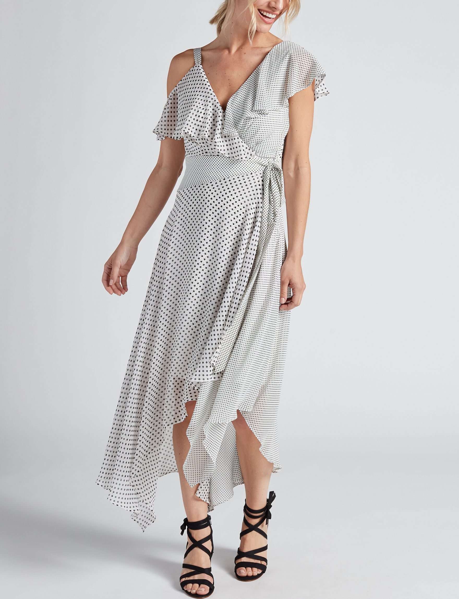 Sangria White Everyday & Casual A-line Dresses Fit & Flare Dresses