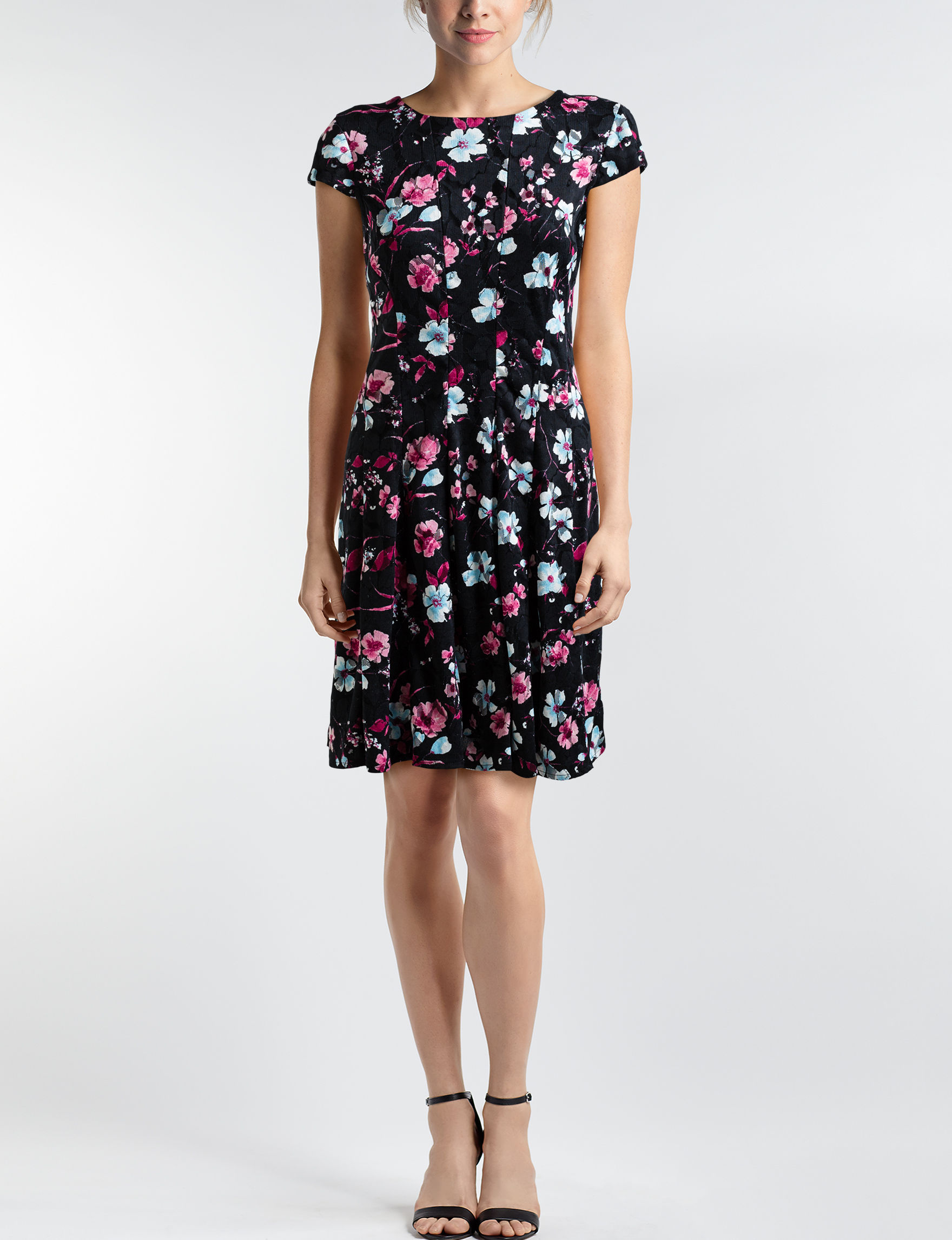 Sandra Darren Black Floral Everyday & Casual A-line Dresses Fit & Flare Dresses