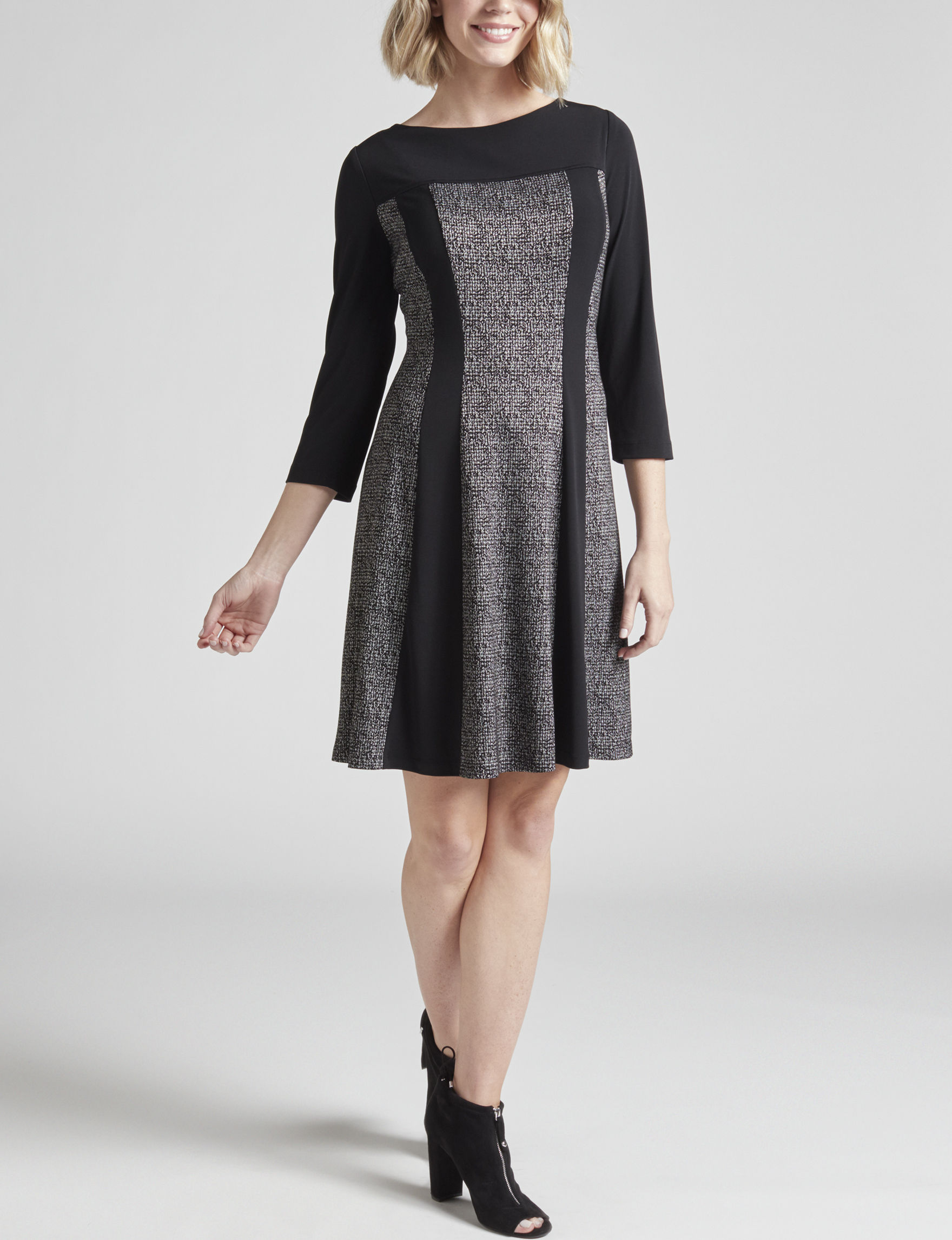 Connected Black / White Everyday & Casual A-line Dresses