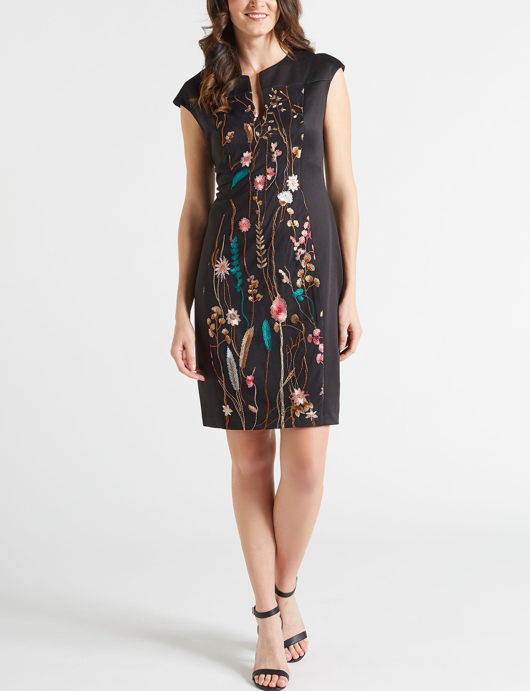 Connected Black Floral Everyday & Casual Sheath Dresses