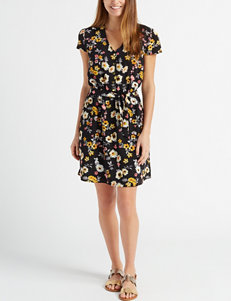 6d7c1d4f Women's Dresses: Formal, Summer, Evening & Casual Dresses | Stage Stores
