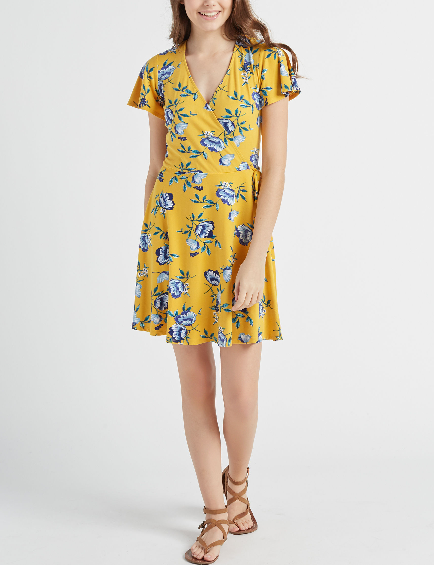 A. Byer Yellow / Blue Everyday & Casual Fit & Flare Dresses